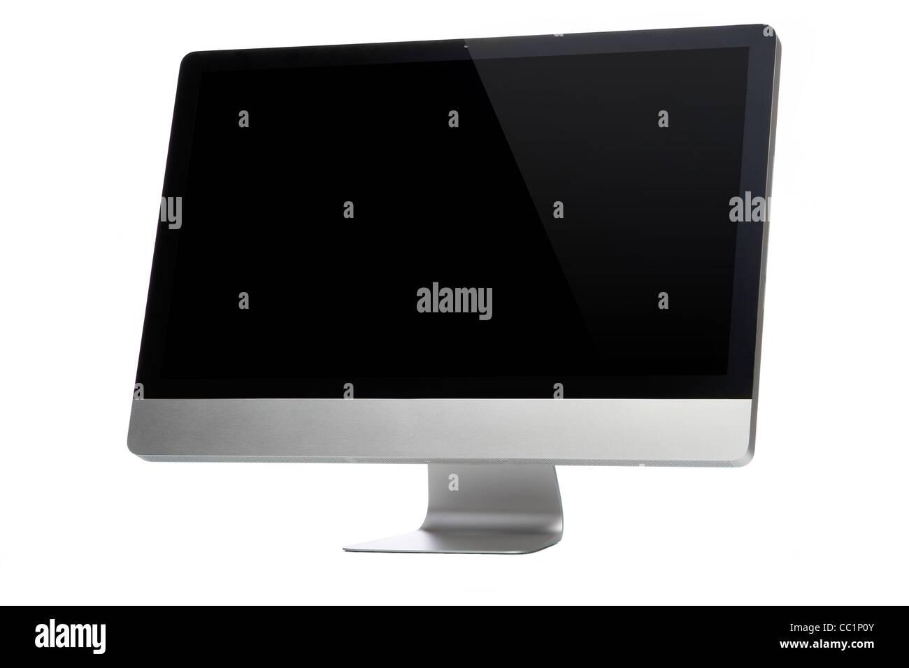 Ordinateur de bureau sur un fond blanc avec écran noir Photo Stock