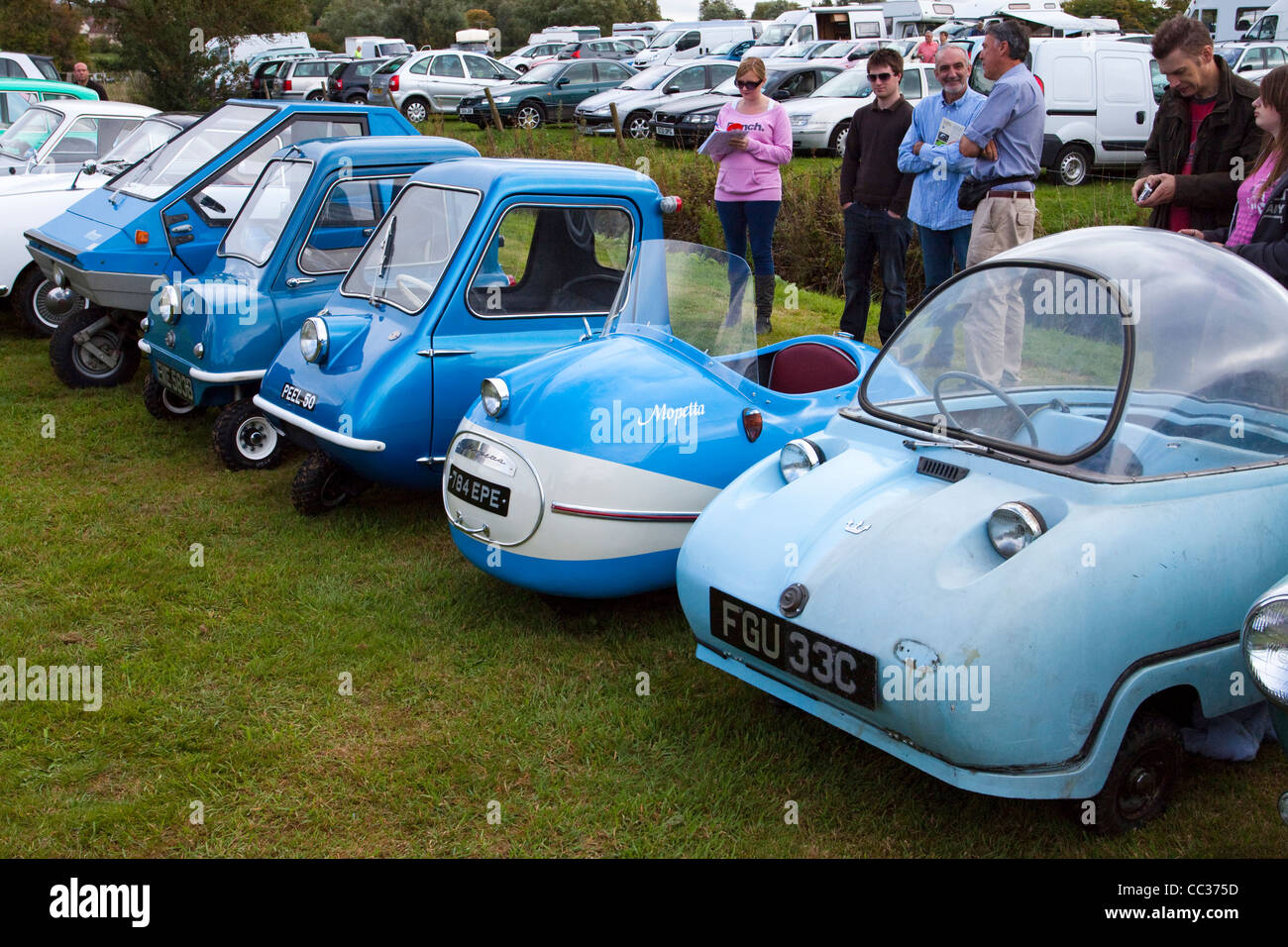 Micro vintage cars et voitures Bulle Photo Stock