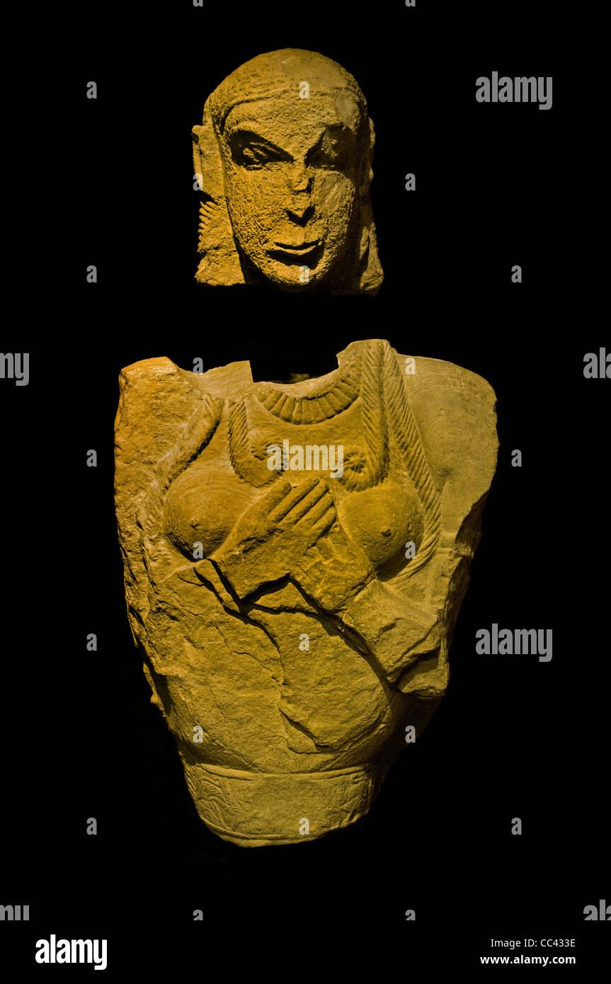 Femme ancêtre comme une tombe étrusque tuteur tombe Tumulo della Pietrera 630 av. Photo Stock