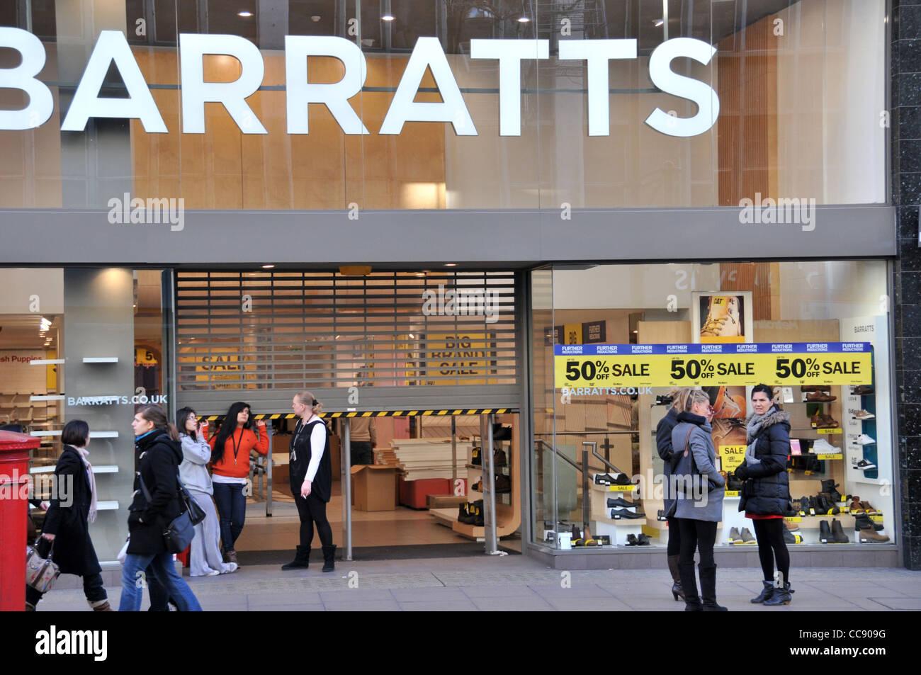 Magasin de chaussures Barratts failli fermé fermé récepteurs Oxford Street Londres Banque D'Images