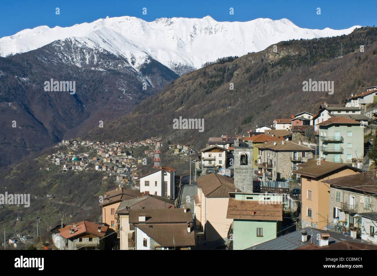 Village de monte, berzo demo, italie Photo Stock