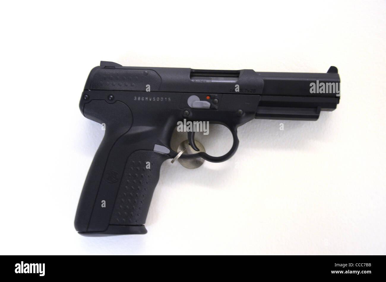 FN 5 SEPT 1995 PISTOLET TACTIQUE Photo Stock