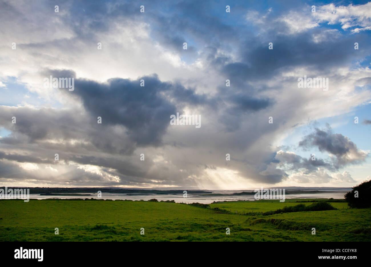 Vue sur l'estuaire de la Moy, Comté de Sligo, Irlande. Photo Stock