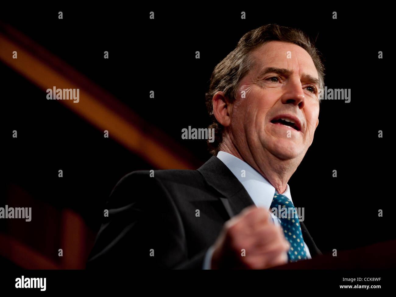 Dec 2, 2010 - Washington, District de Columbia, sénateur. JIM DEMINT, (R-SC) parle aux médias au sujet Photo Stock