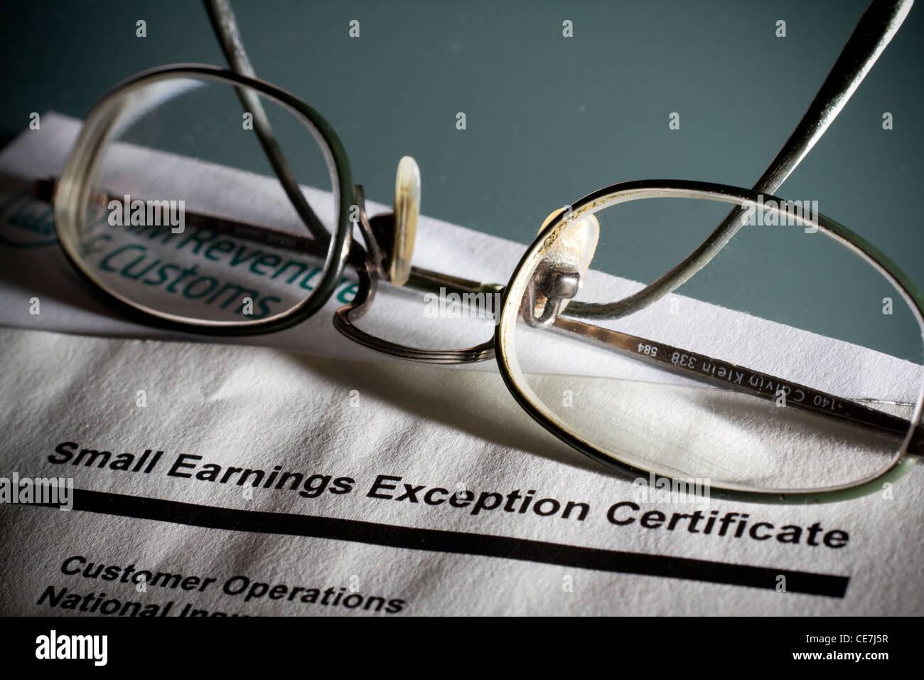 Petite exception gains hmrc certificat sous forme d'impôt Photo Stock