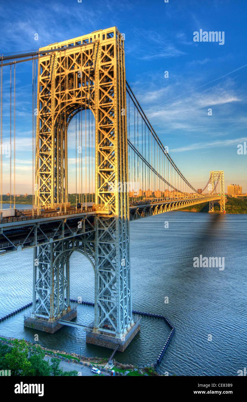 George Washington Bridge enjambant la rivière Hudson de New York à New Jersey Banque D'Images