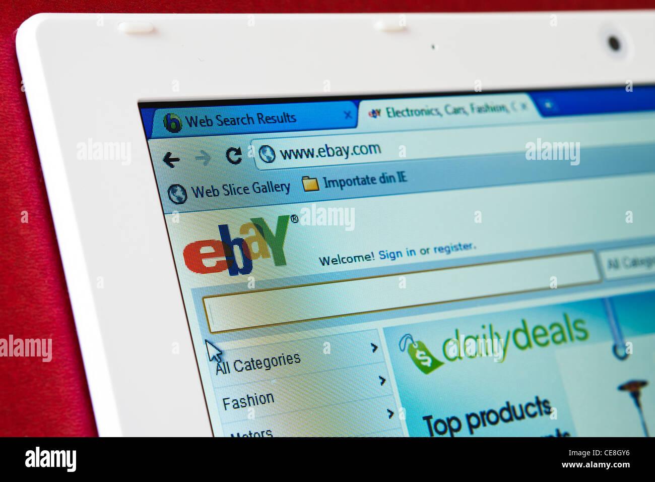 Page d'accueil du site Ebay.com sur l'écran de l'ordinateur portable Photo Stock
