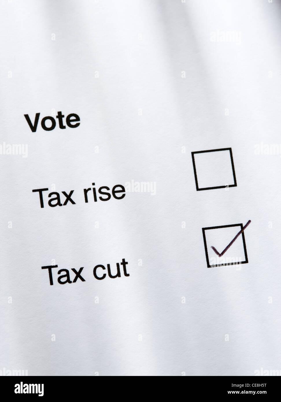 Voter pour réduction d'impôt. Photo Stock
