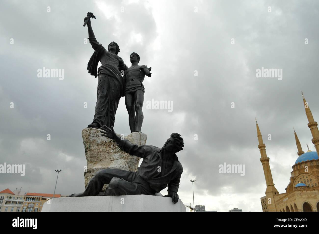 La Place des Martyrs, à Beyrouth, trous de balle dans la statue, au Liban Photo Stock