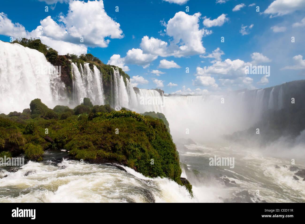 Vue sur les chutes d'Iguaçu Argentine Banque D'Images