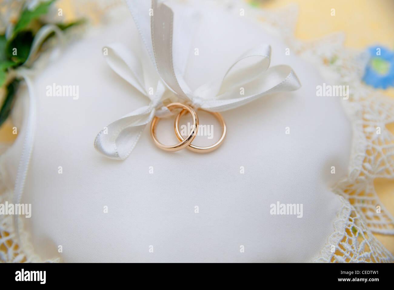Les anneaux de mariage Photo Stock