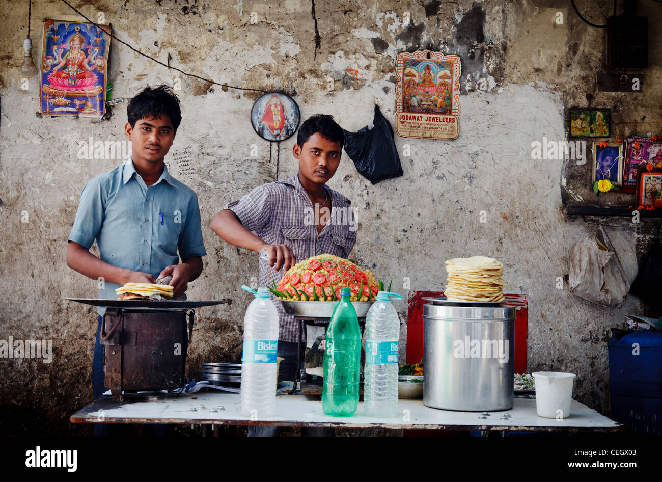 Food dans le bazar de Bombay, Mumbai Photo Stock