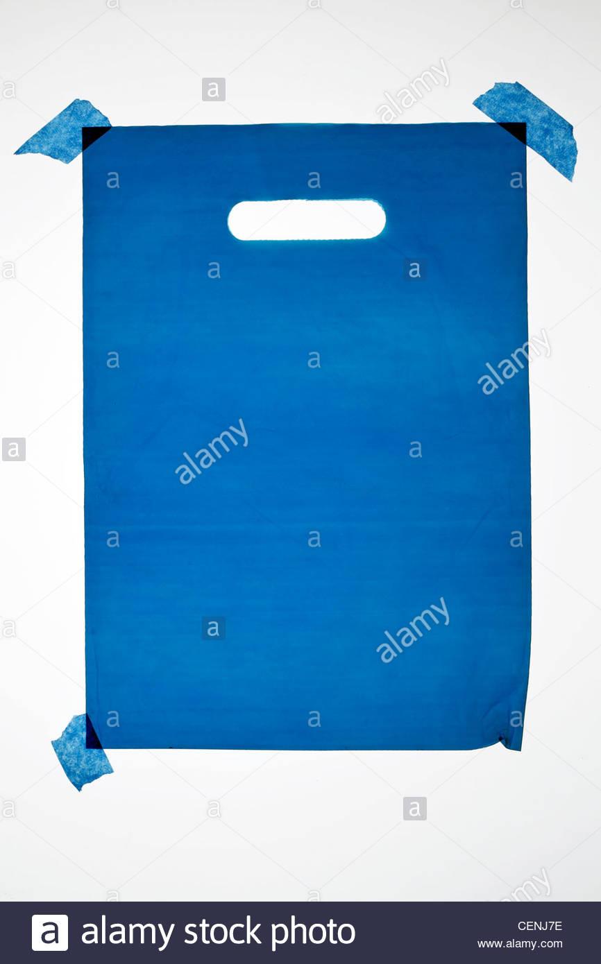 Sac de transport bleu en plastique translucide épais Photo Stock