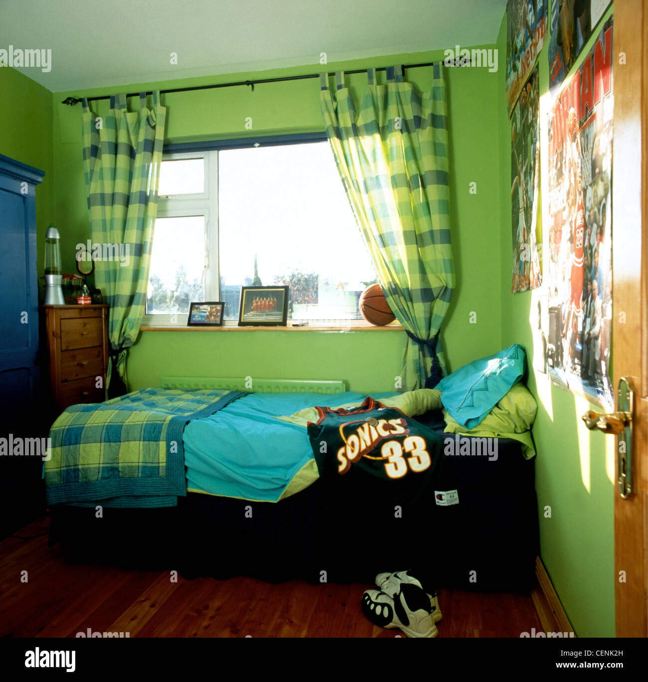 Feng Shui Bedroom Photos & Feng Shui Bedroom Images - Alamy