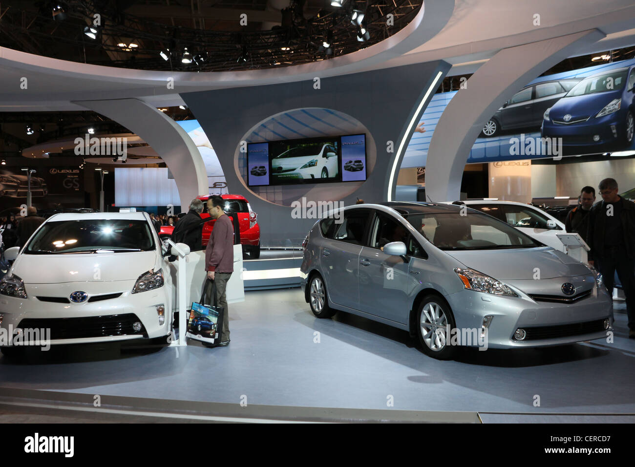 Toyota Prius hybride électrique voiture voitures showroom Photo Stock