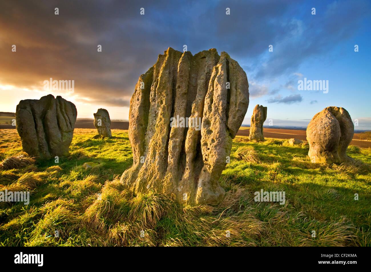 Duddo quatre pierres (bien qu'il existe en fait cinq), un cercle de pierre préhistoriques sur une colline, Photo Stock