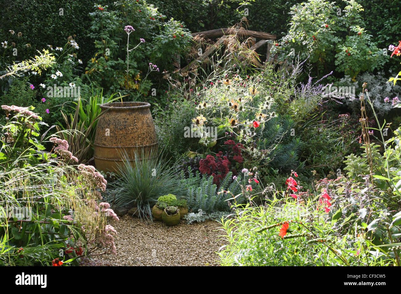 Jardin D Ete Du Gravier Rose Coquelicots Grand Pot En Terre Cuite