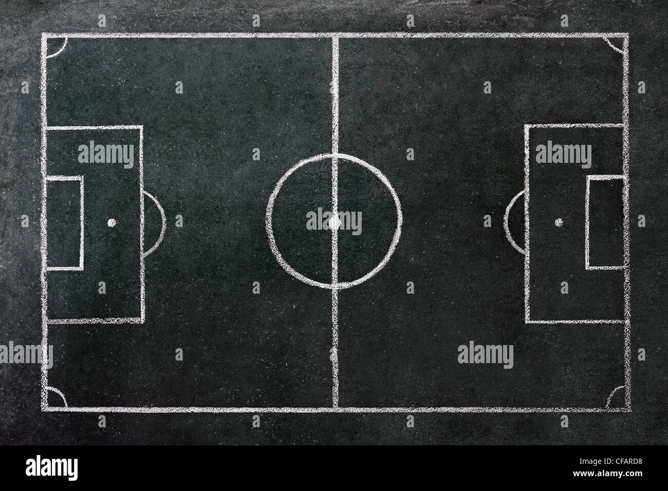 Terrain de football dessiné sur un tableau. Photo Stock