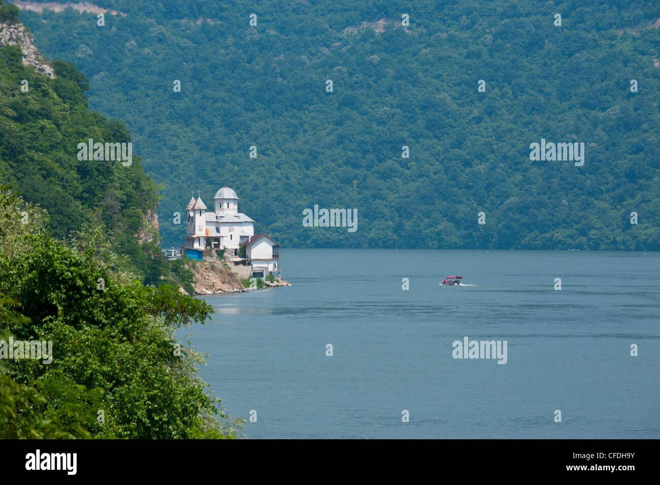 Portille de Fier (porte de fer), Danube, la vallée du Danube, en Roumanie, en Europe Banque D'Images
