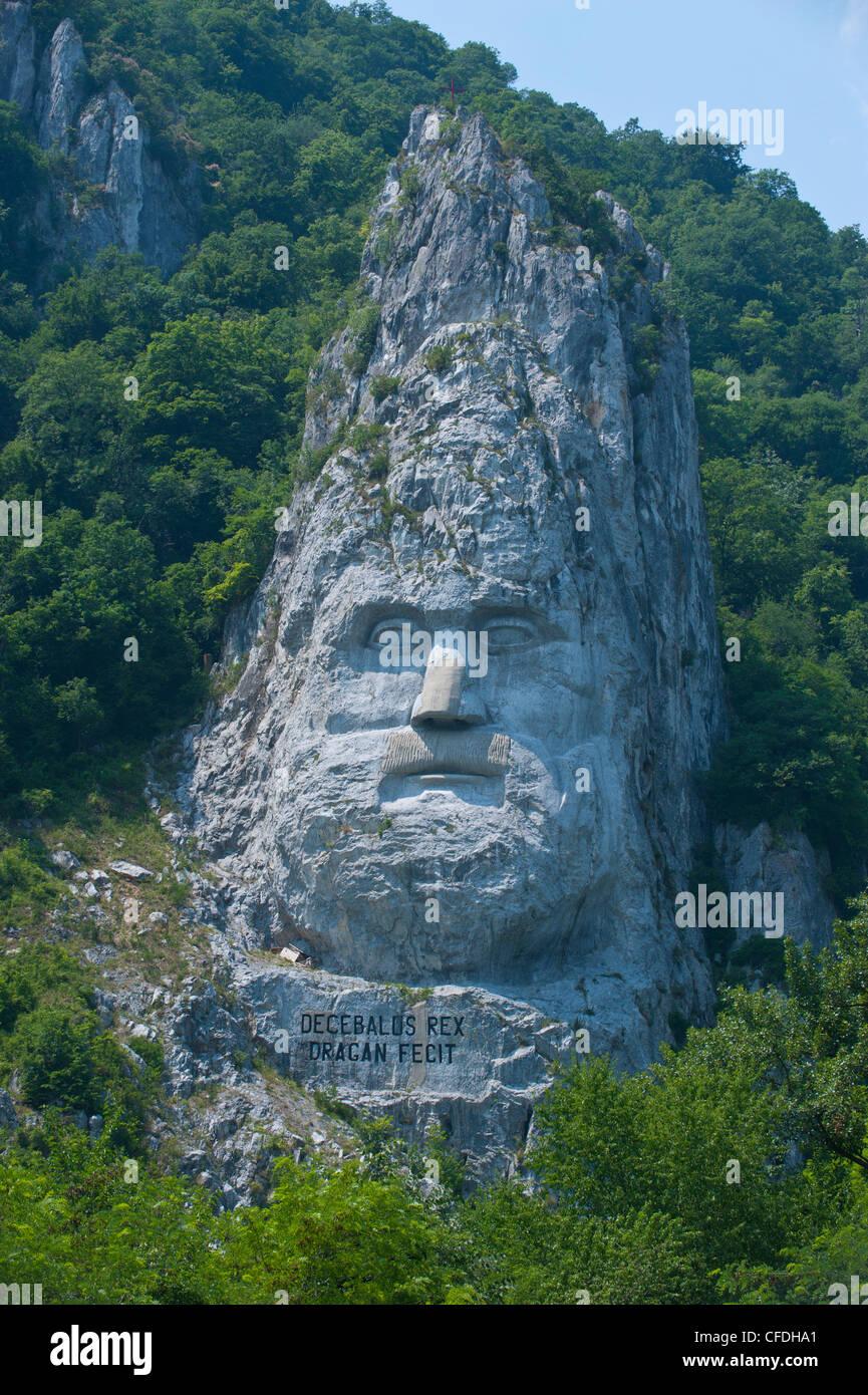 Monument au Roi Decebalus, Portille de Fier (porte de fer), Vallée du Danube, en Roumanie, en Europe Banque D'Images
