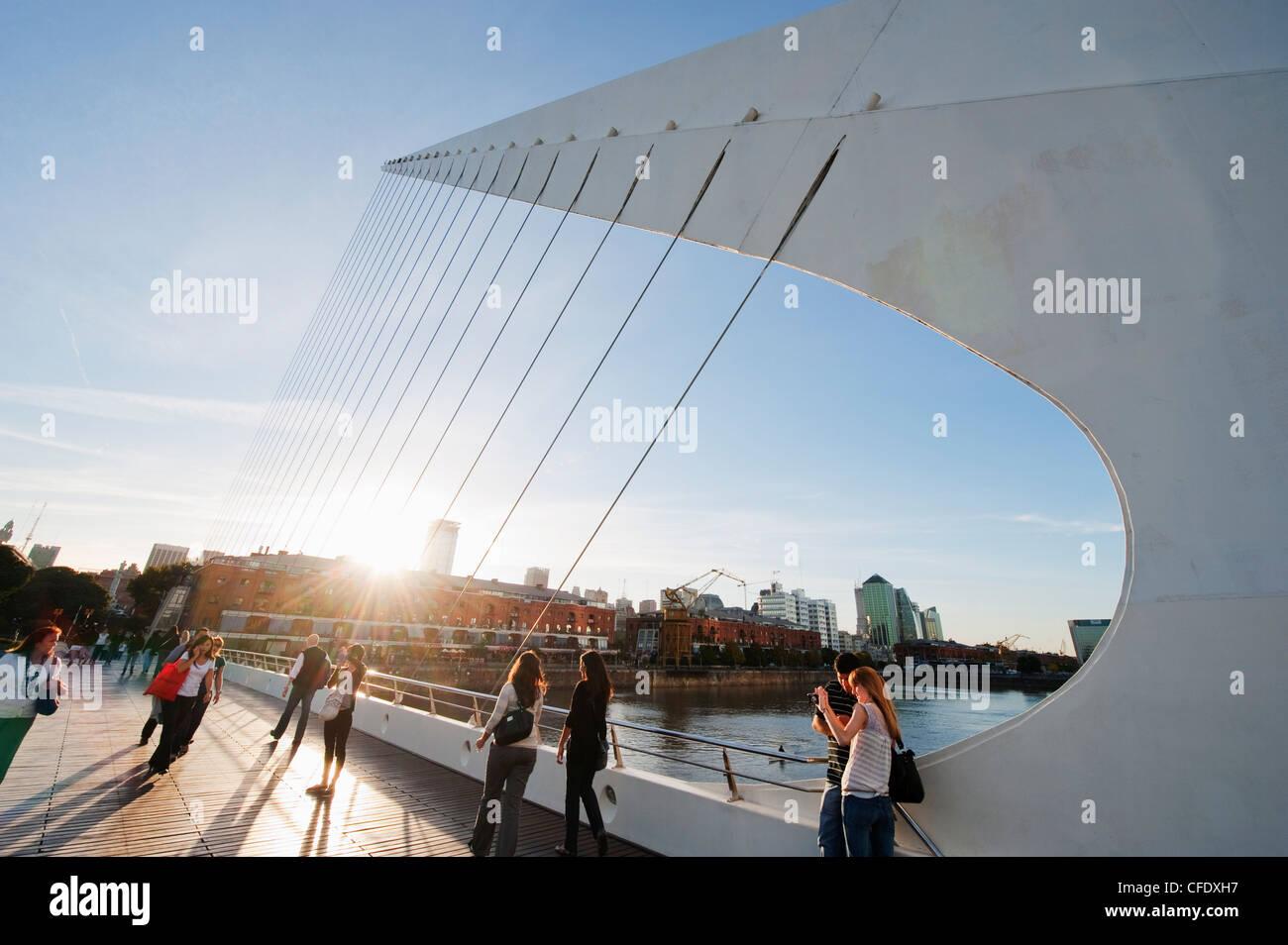 Puente de la Mujer, Buenos Aires, Argentine, Amérique du Sud Photo Stock
