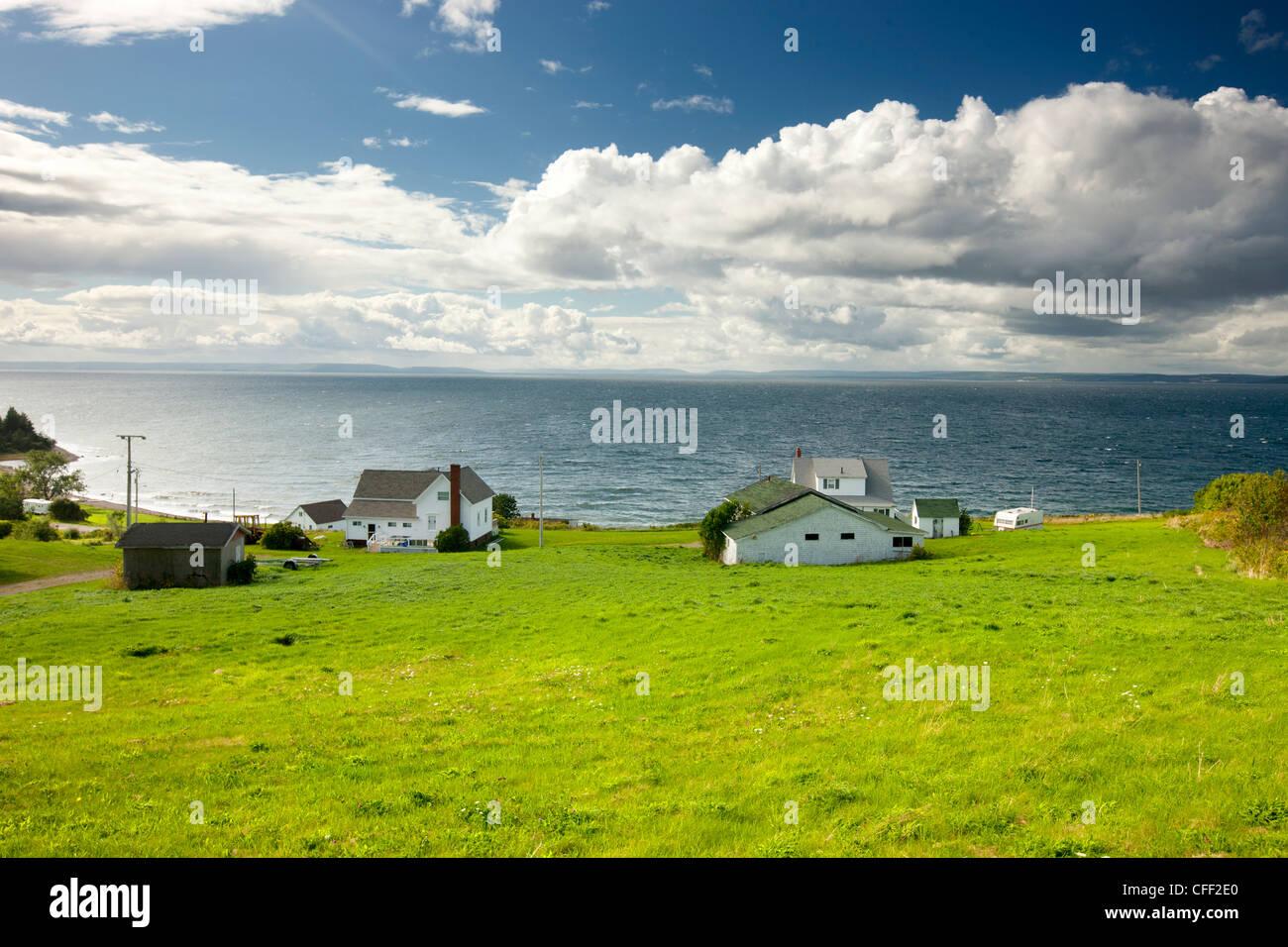 Grand Étang, lac Bras d'Or, l'île du Cap-Breton, Nouvelle-Écosse, Canada Photo Stock