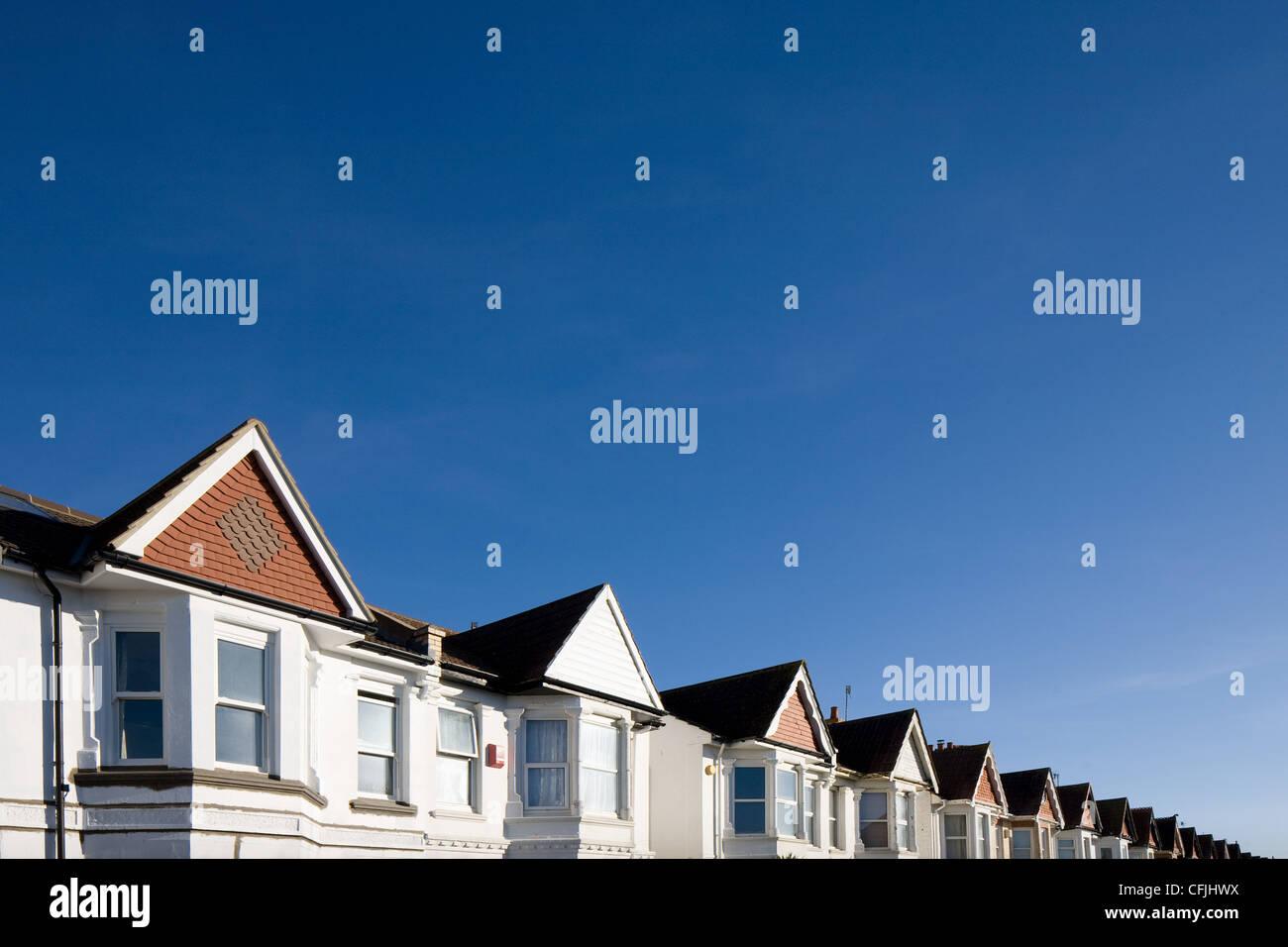 Maisons et ciel bleu Photo Stock