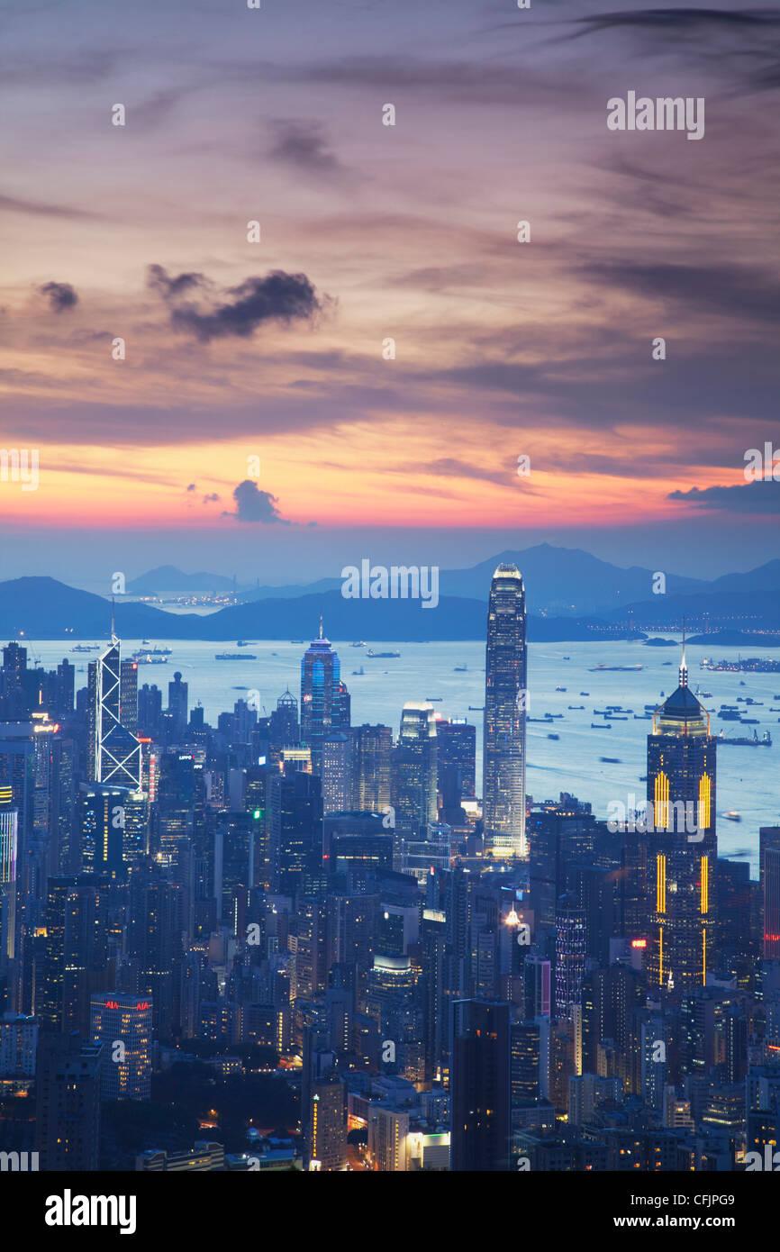 L'île de Hong Kong skyline at sunset, Hong Kong, Chine, Asie Photo Stock