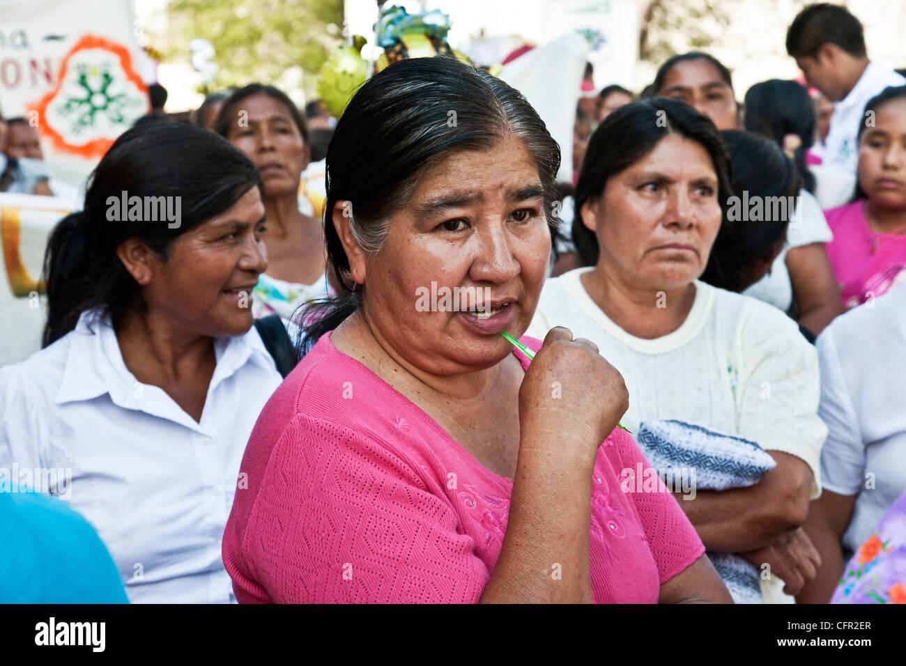 Les femmes qui ont bénéficié de prêts de microfinance pour les collectivités à Oaxaca Photo Stock