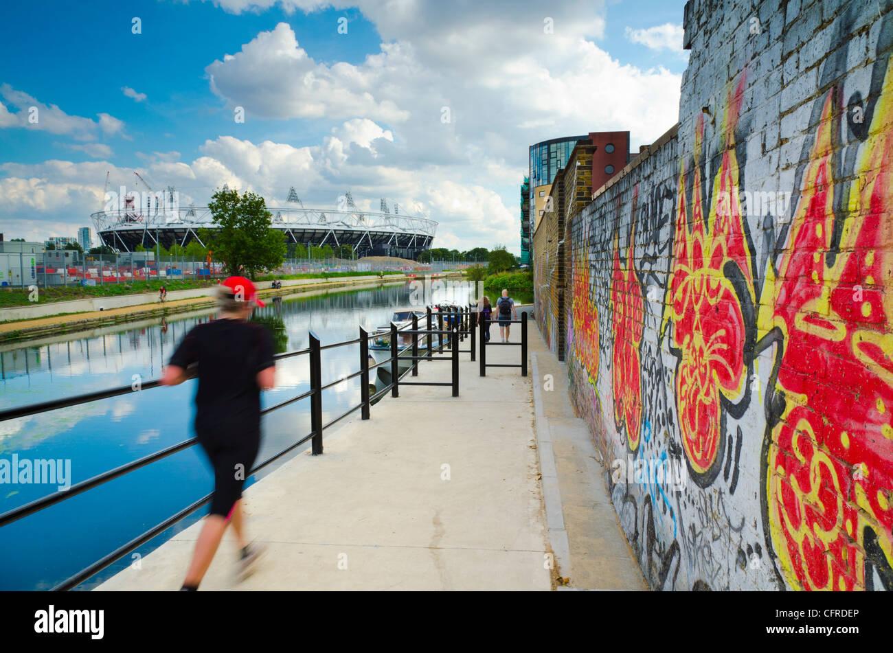 La navigation de la rivière Lee et Londres 2012 Stade Olympique, Hackney Wick, Londres, Angleterre, Royaume Photo Stock