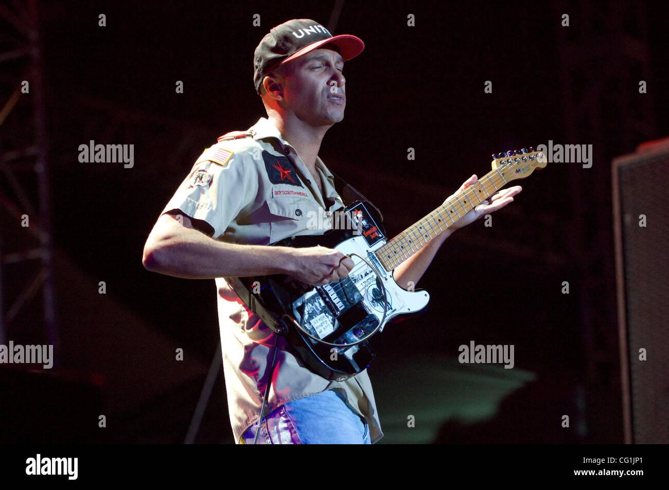 Aug 18, 2007 - San Francisco, CA, USA - Le guitariste Tom Morello de garnitures de Rage Against The Machine live Banque D'Images
