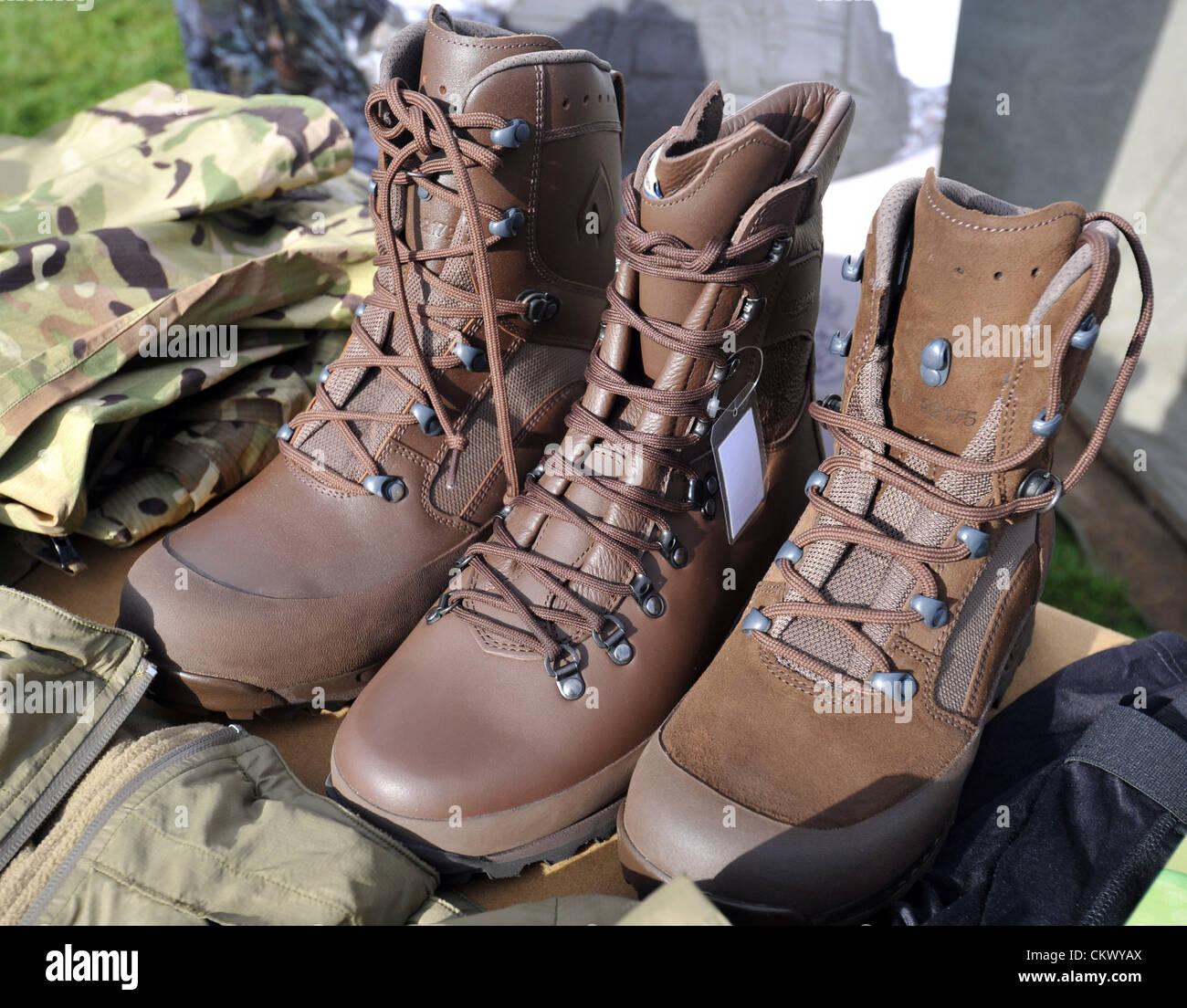 Chaussures - Bottines Verkhovna JgNprY9z