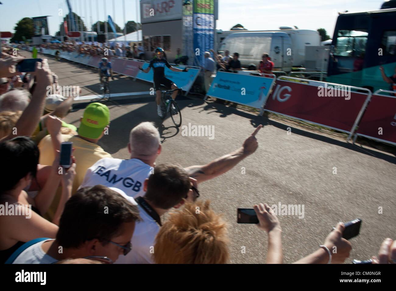 Norwich, Norfolk, Royaume-Uni. 9 Septembre, 2012. Luke Rowe de l'équipe Sky fait une première victoire Photo Stock