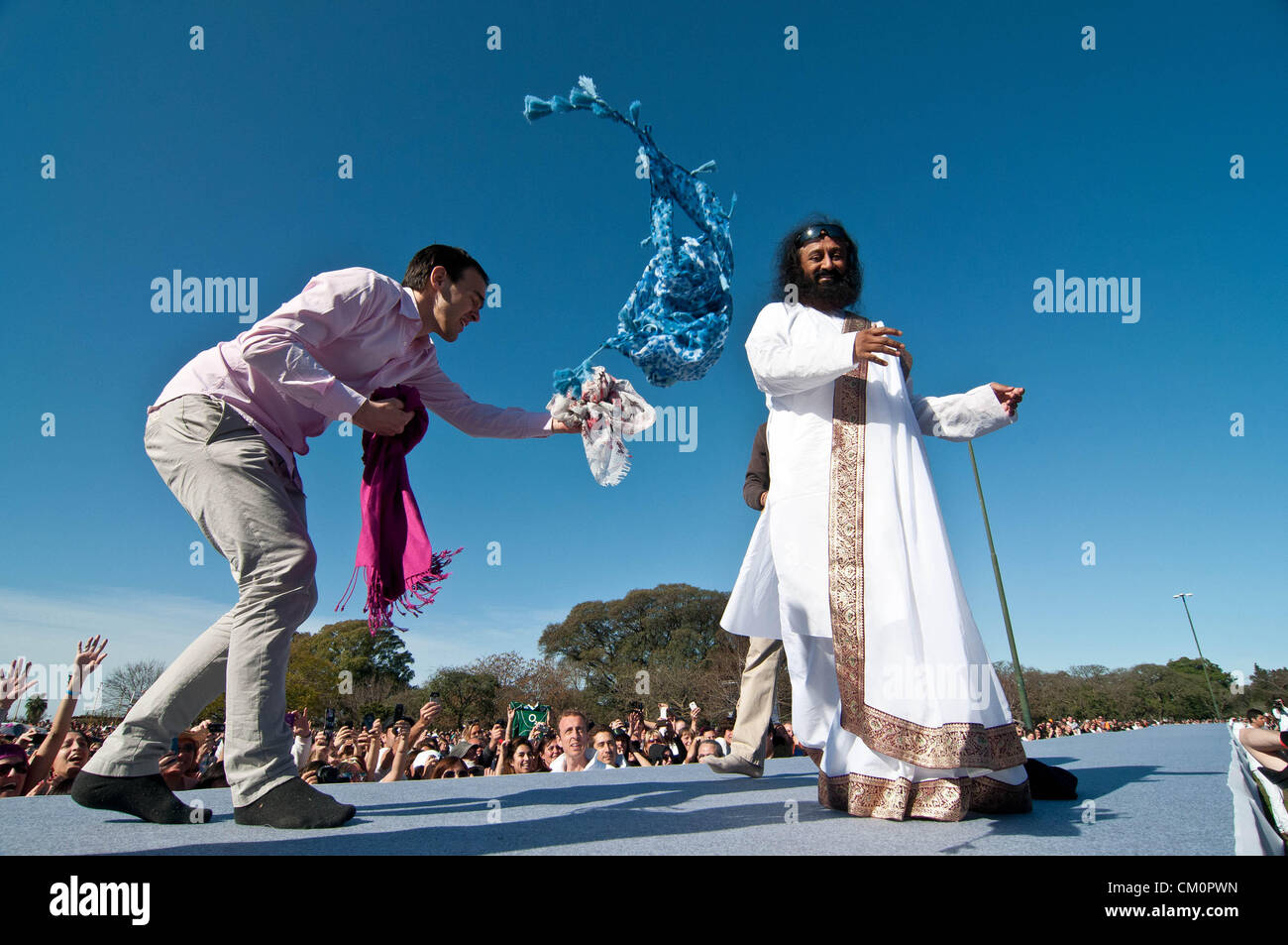 9 septembre 2012 - Buenos Aires, Argentine - guru indien Sri Sri Ravi Shankar, chef de l'ONG L'Art de Vivre, a procédé Banque D'Images