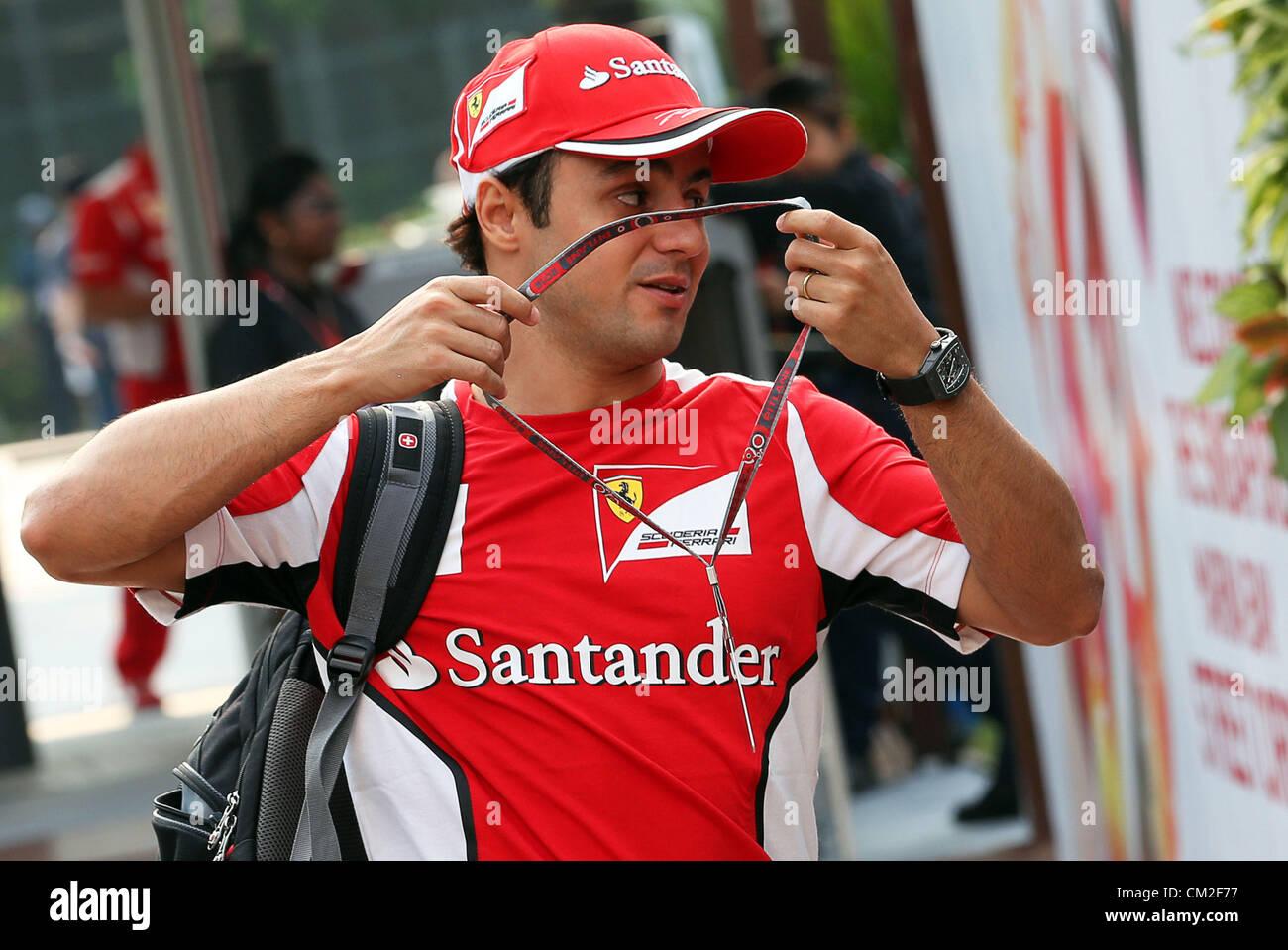 20.09.2012. Singapour. Pilote de Formule 1 brésilien Felipe Massa, de Ferrari arrive à l'enclos de l'Marina-Bay Banque D'Images