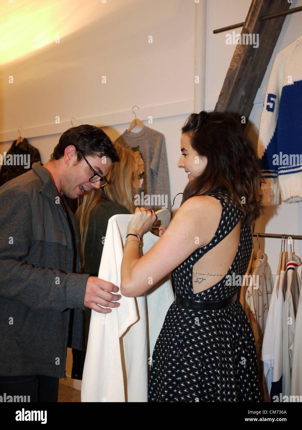 ... Mayfair Bond Street , Ralph Lauren Polo les enfants garçons et filles de  boutique de vêtements Fashion designer. C4TX13 (RM). 18 oct., 2012 - New  York, ... f9d4369f0f7