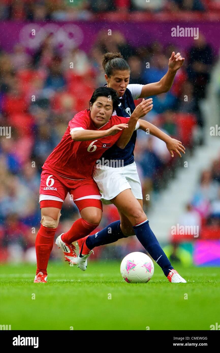 31.07.2012 Manchester, Angleterre. United States Team USA l'avant Amy Rodriguez et le milieu de la RPD de Corée Photo Stock