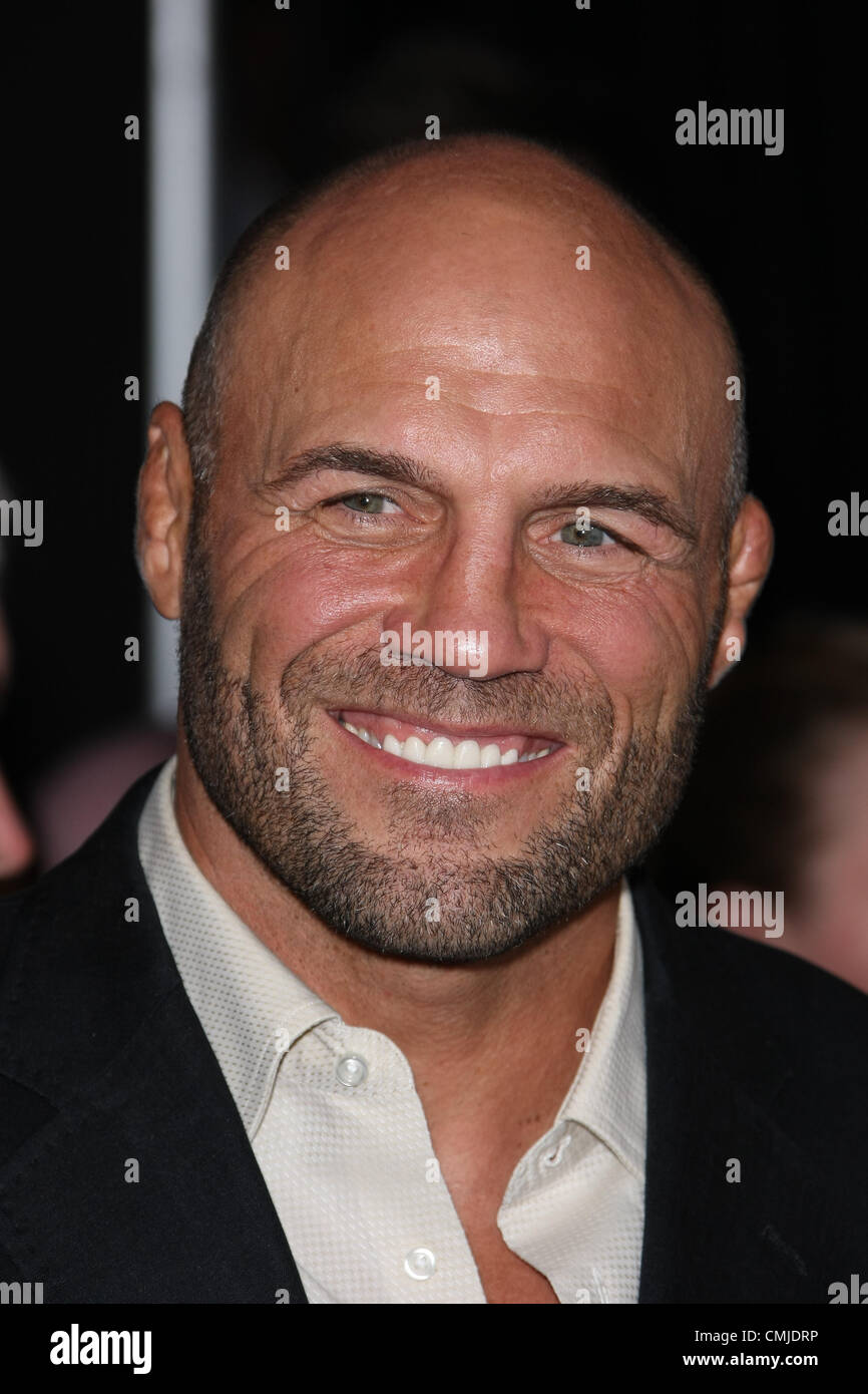 RANDY COUTURE d'usure 2. Première mondiale HOLLYWOOD LOS ANGELES CALIFORNIA USA 15 Août 2012 Photo Stock