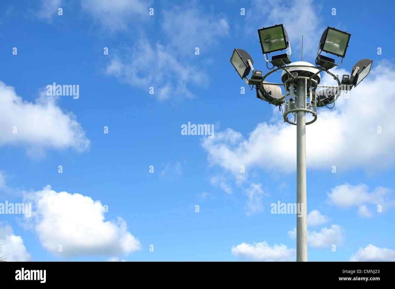 Pôle lumière sur blusky Photo Stock