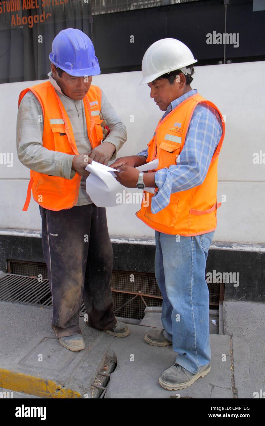 Pérou Lima Avenida 2 de Mayo Empresa Publica de Saneamiento EPS les travaux publics d'infrastructure de Photo Stock