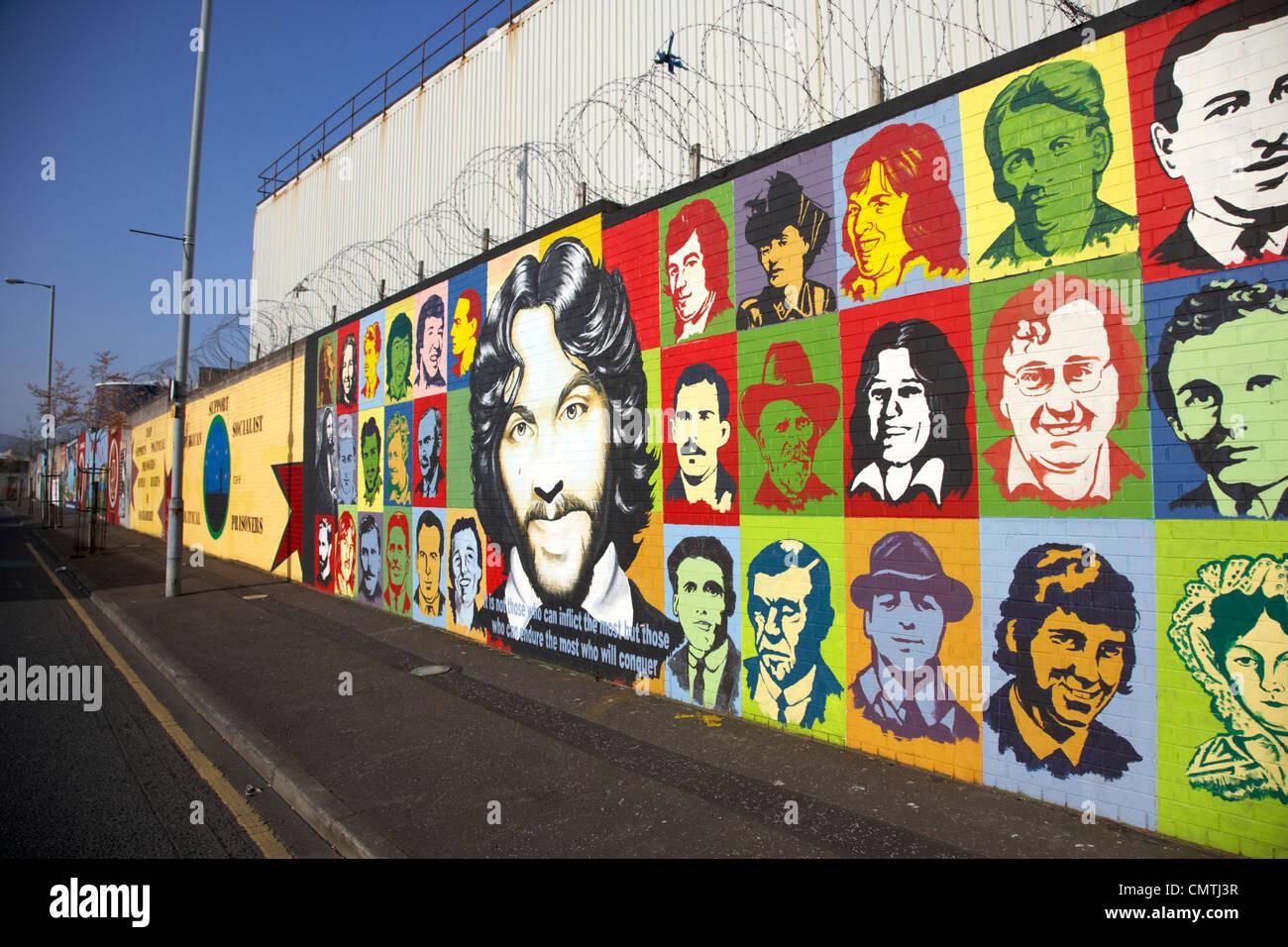 Républicain irlandais et grève de la faim les muraux sur Northumberland Street off lower falls road belfast Photo Stock