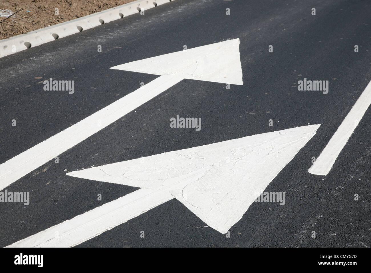 Nouveau marquage routier Photo Stock