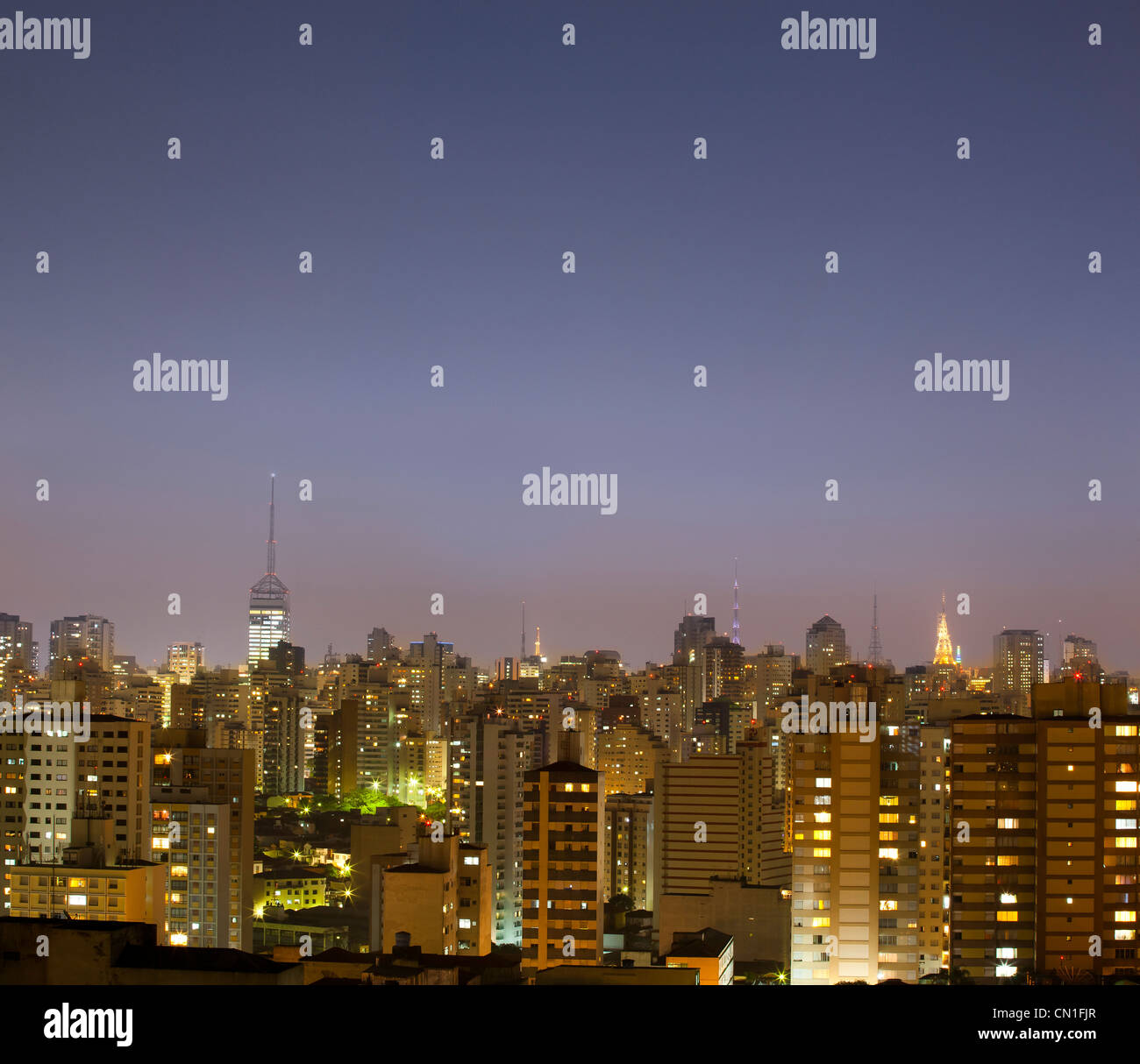 Sao Paulo cityscape at Dusk, au Brésil. Photo Stock