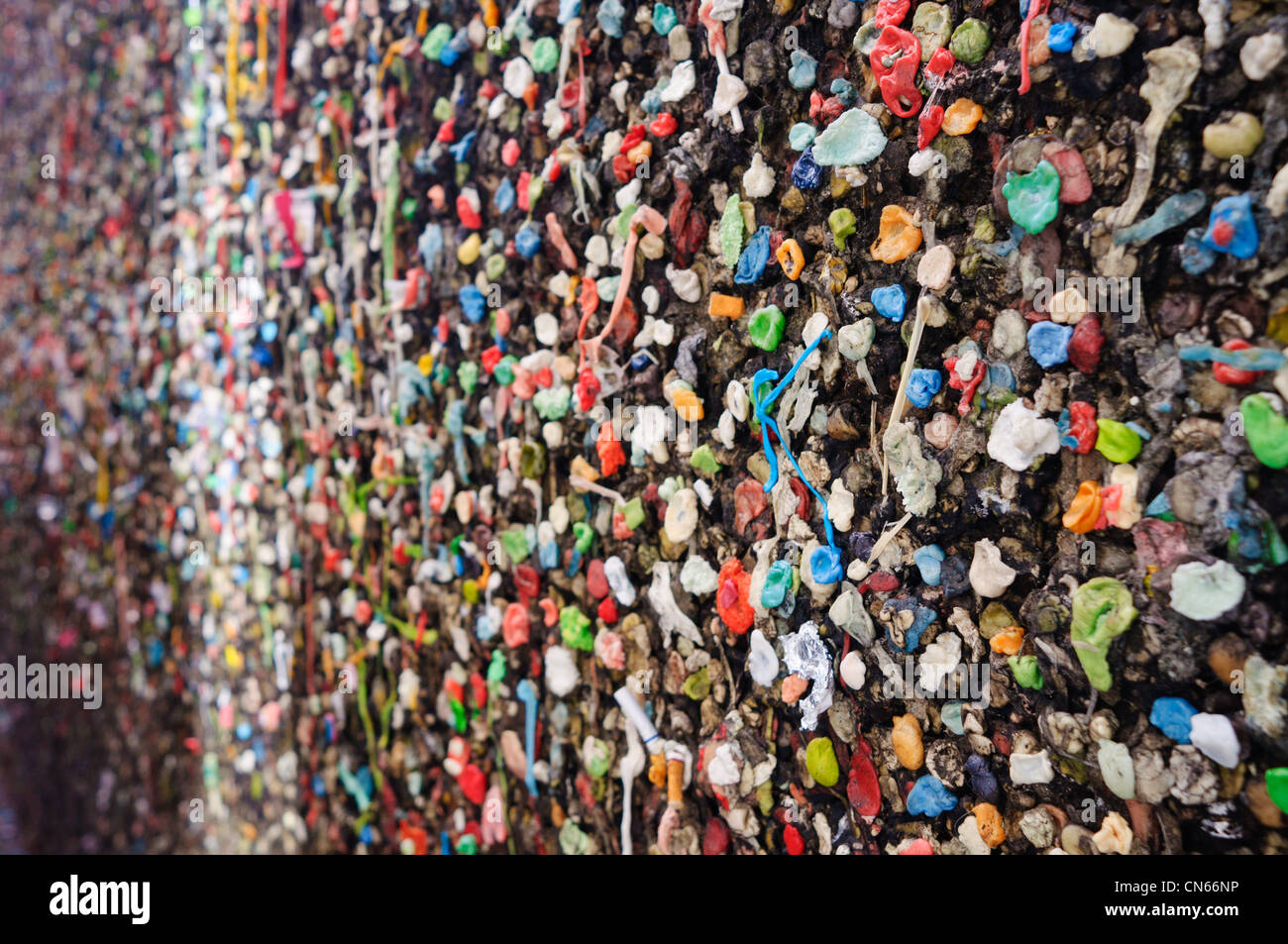 Un mur de Bubble Gum Alley à San Luis Obispo, CA. Le 1er août 2011. Photo Stock