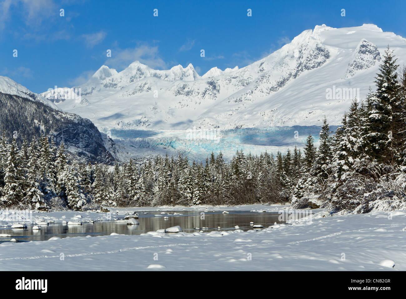 Paysage d'hiver panoramique de la rivière Mendenhall Glacier Mendenhall, et des tours, la Forêt Nationale Photo Stock