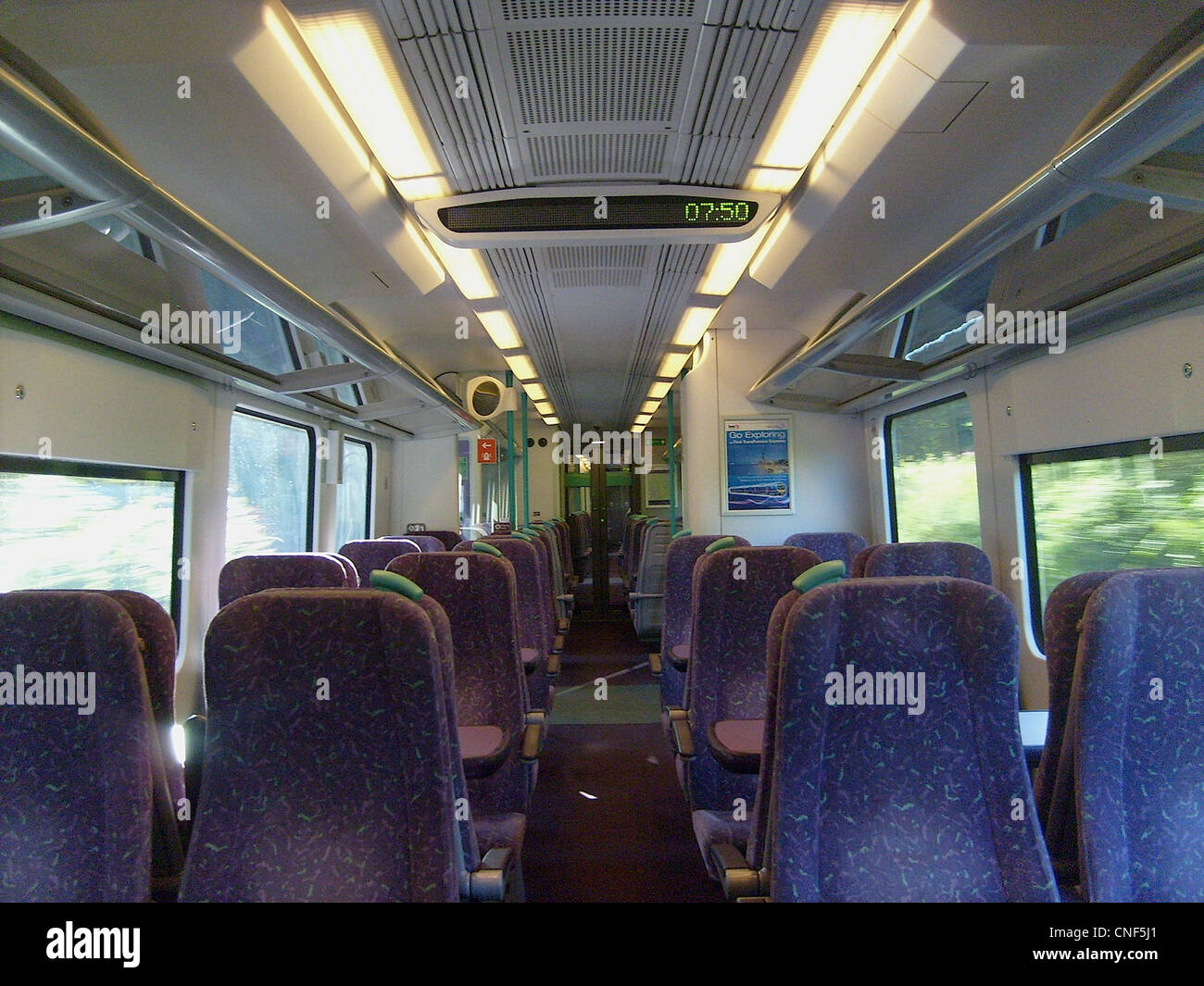 Vue interne d'une demi-Classe Standard à bord de la classe 185. Photo Stock