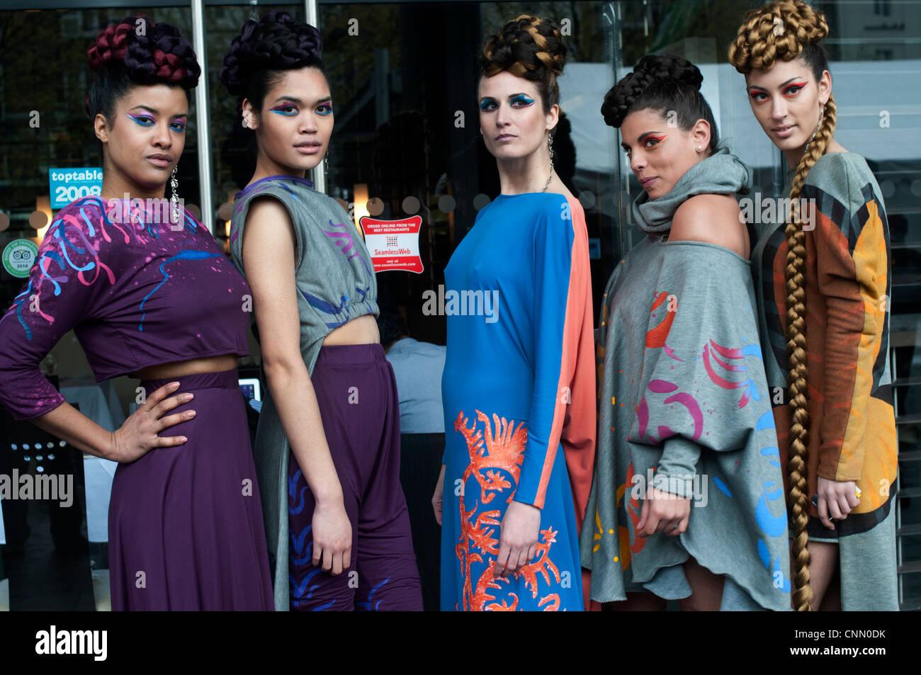 Alternative London Fashion Week 2012 montrant des collections originales et créatives par de nouveaux designers Photo Stock