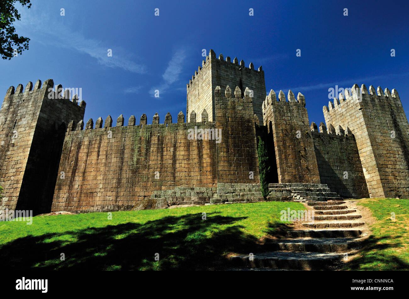 Portugal: château médiéval et berceau de Portugal dans la capitale européenne de la Culture Photo Stock