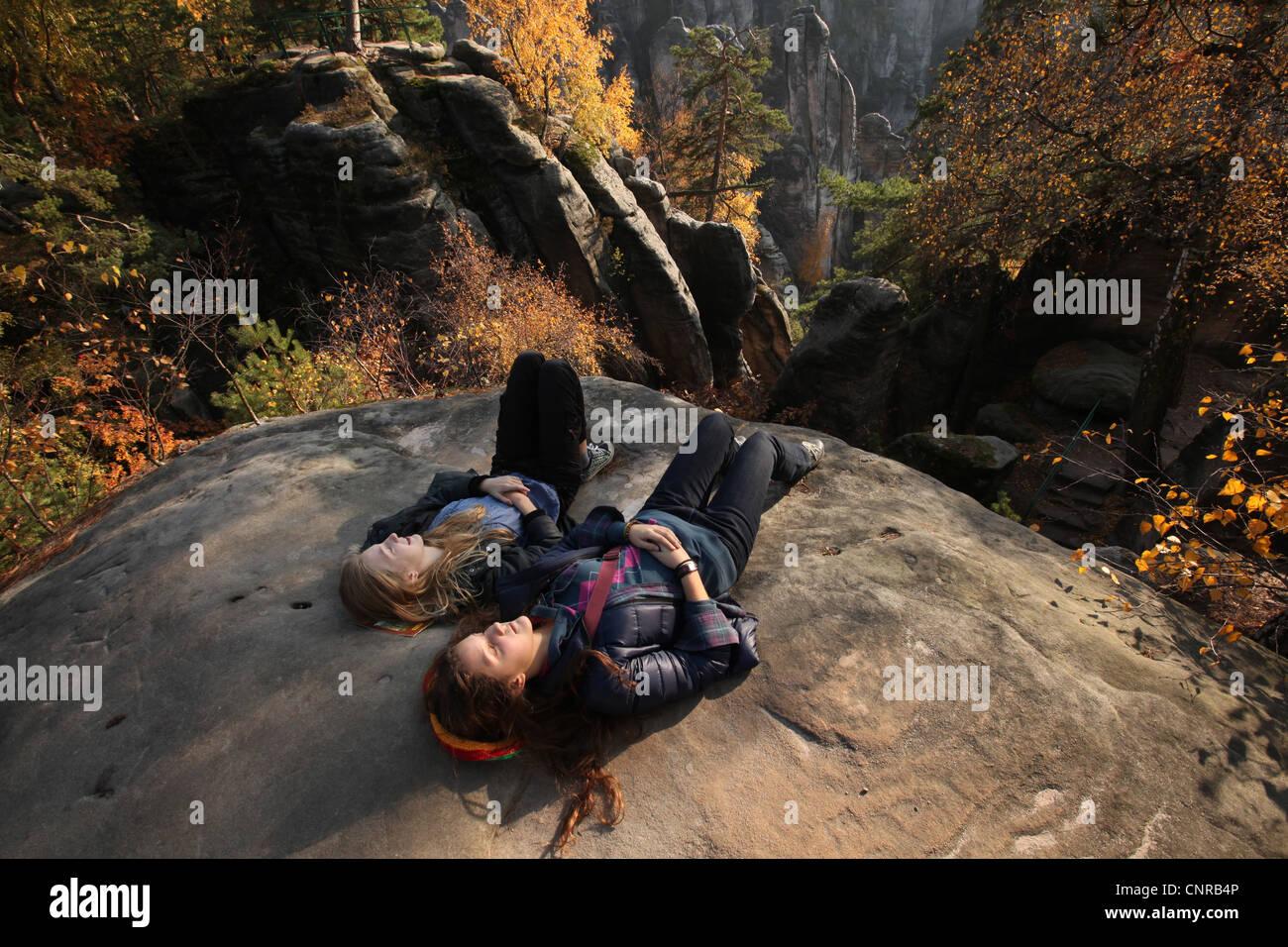 Prachov rochers à la région protégée la Paradis tchèque en Bohême centrale, en République Photo Stock