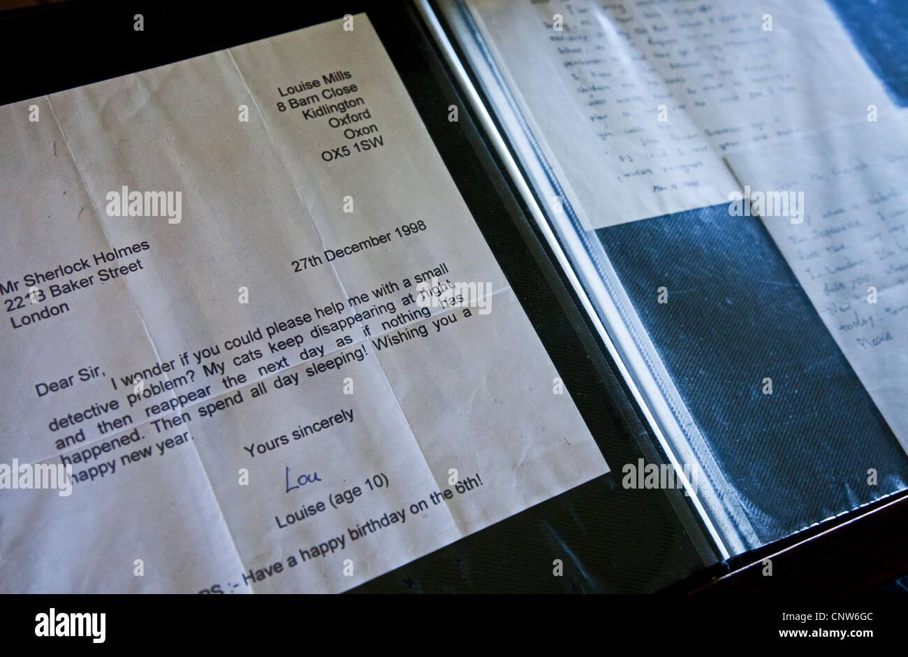 Europe Angleterre Londres, une lettre d'un enfant dans la chambre de Sherlock Holmes Photo Stock